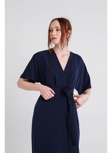 Rue V Yaka Kısa Kollu Uzun Elbise Lacivert